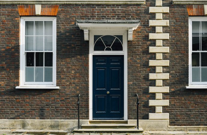 Claves para elegir la puerta de entrada a tu vivienda 🚪